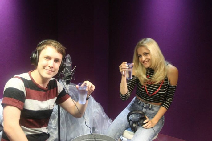 Video: Pixie plays Innuendo Bingo!